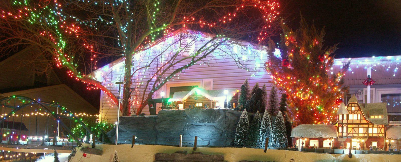 Christmas Village 4 048