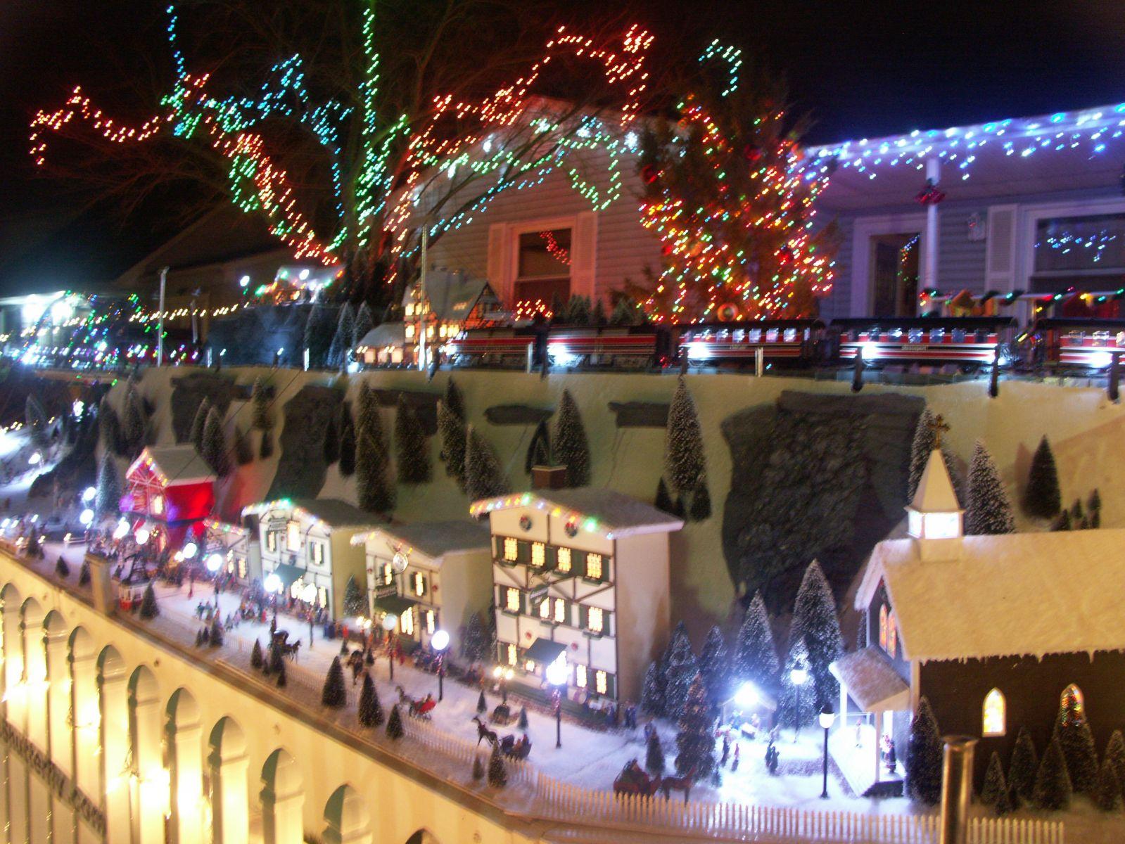 Christmas Village 4 043