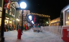 2013 Christmas Village 045