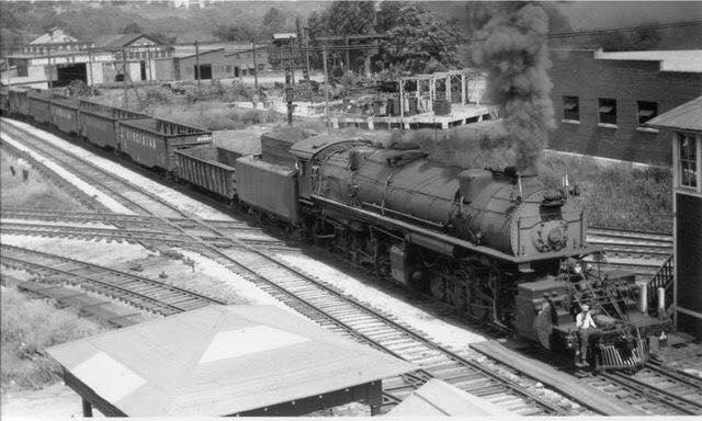 Virginian AE Class 2-10-10-2.jpg