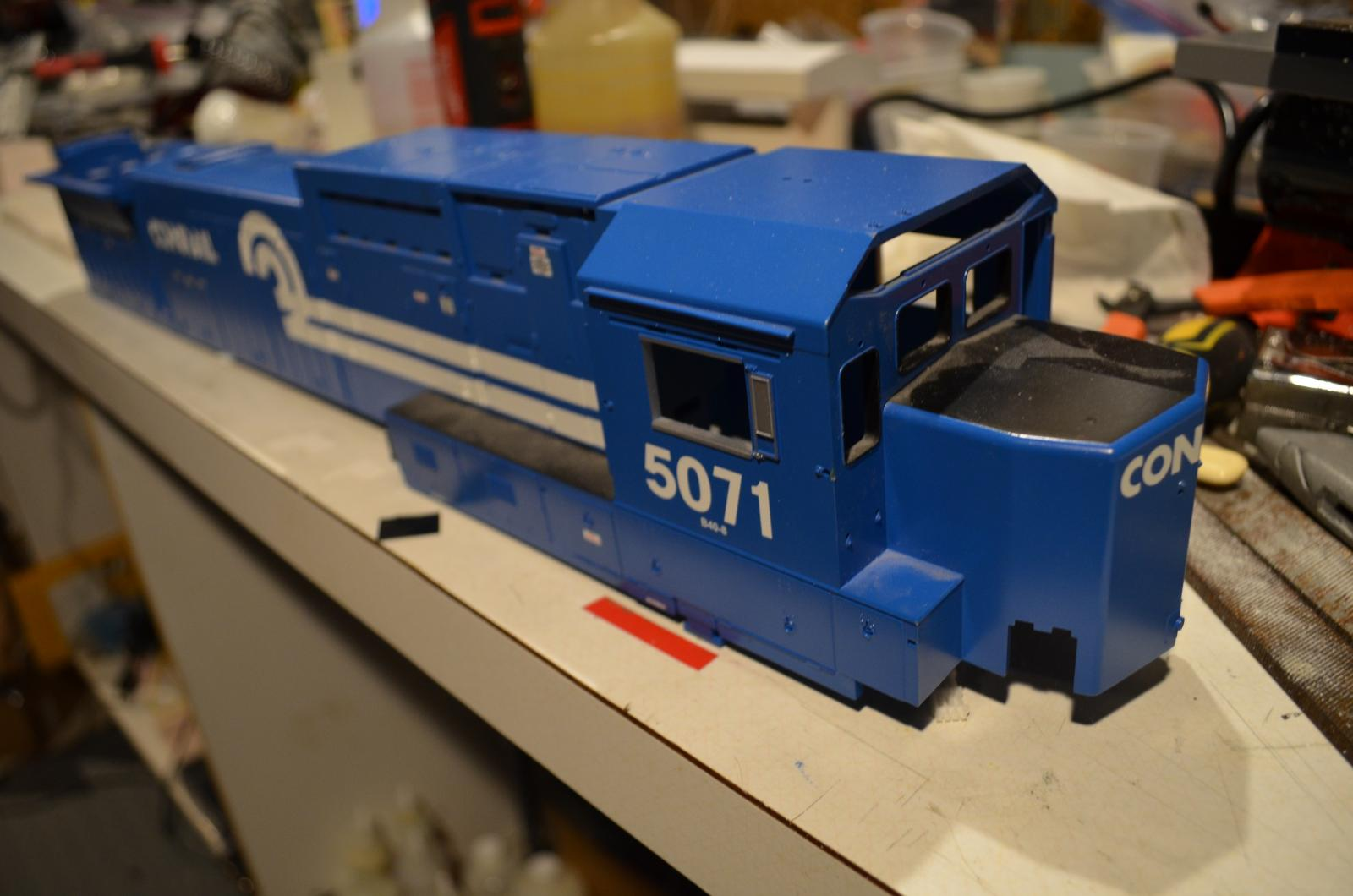 MTH Dash shell only frt