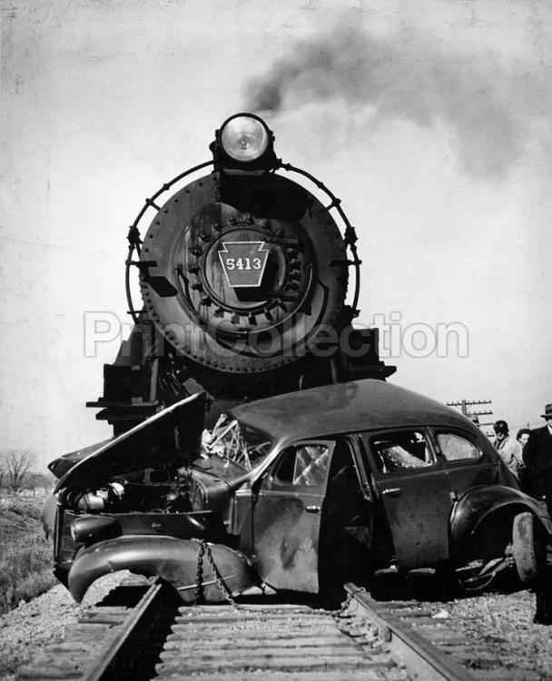 698c305ca19009e4ec699a8aa34899a7--train-car-train-rides.thumb.jpg.e32e8f6d87b5d0ad321e69f0ce5ef869.jpg