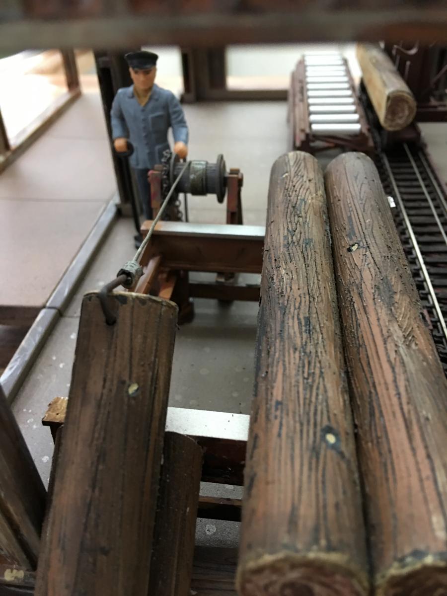sawmill Gustaf pulling a log.JPG