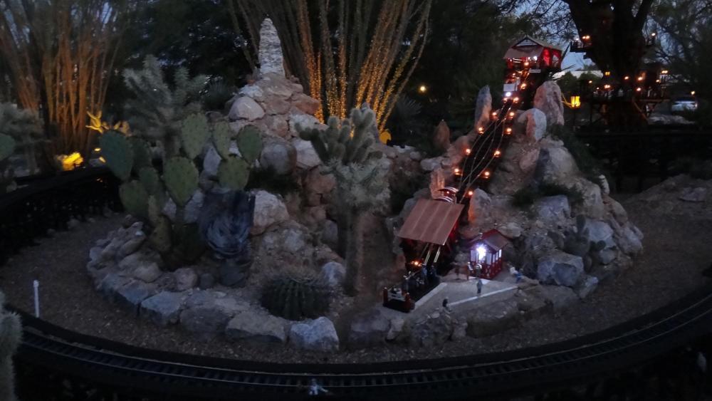 G Scale Funicular Lighting3.JPG