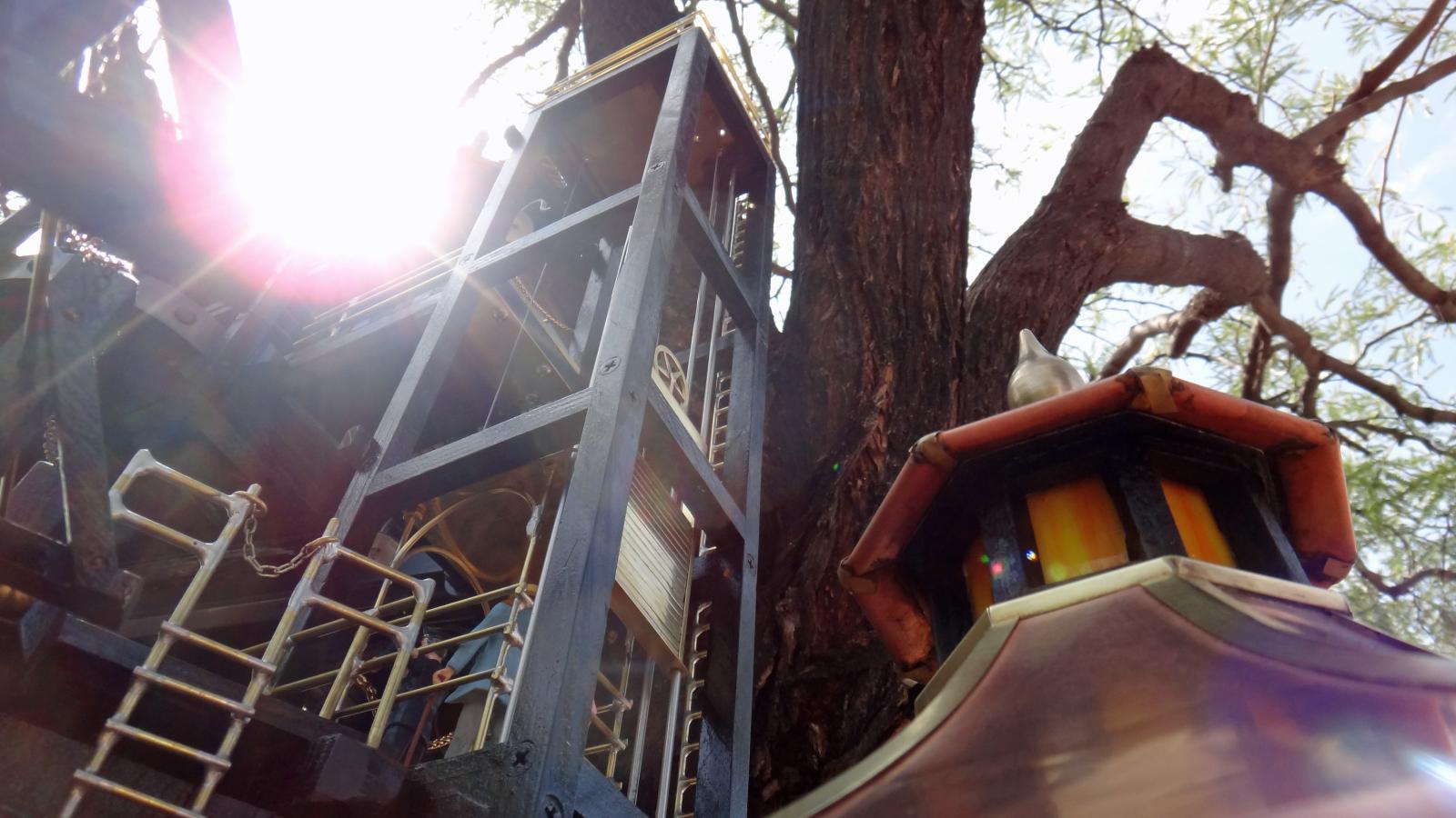 Garden Railway Treehouse Remodeled-18.JPG