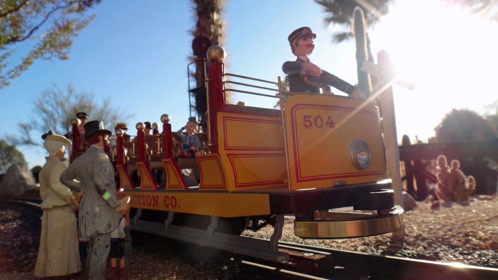 Bachmann Open Air Trolley 9.JPG
