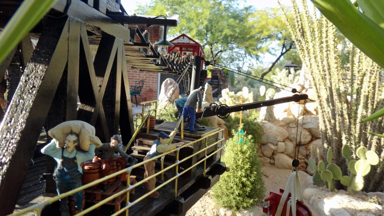 Garden Railway Treehouse Remodeled-55.JPG