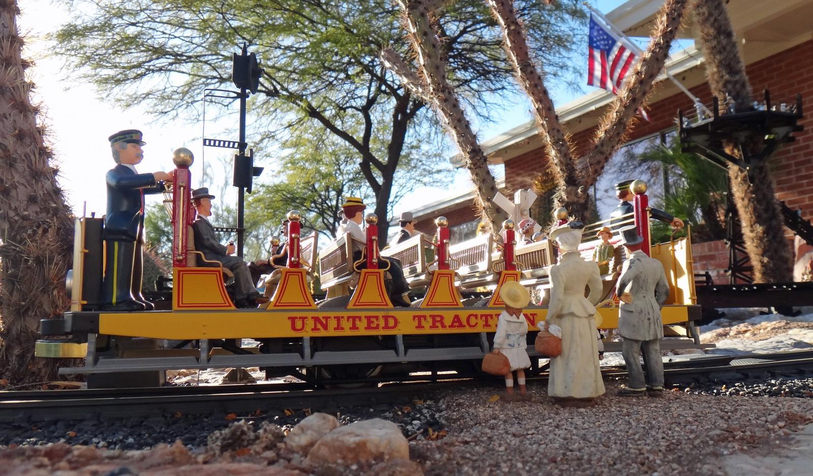 Bachmann Open Air Trolley 10.JPG