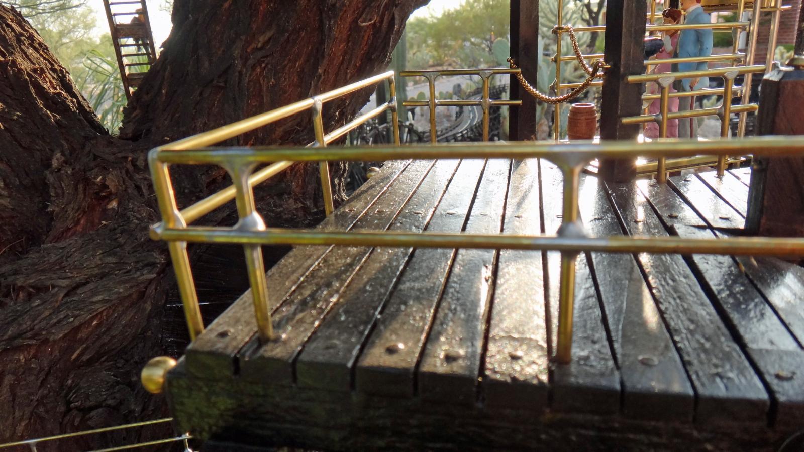 Garden Railway Treehouse Remodeled-14.JPG